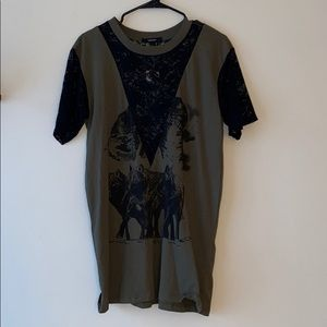 NWT Graphic Tee Size S